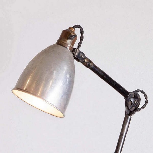 Lampe d'atelier Mazda articulée