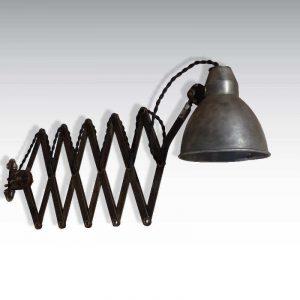 Lampe d'atelier accordéon