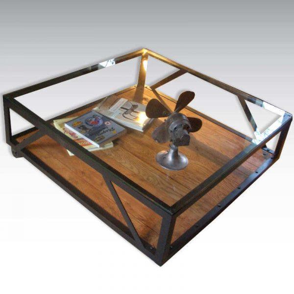 Table basse industrielle acier et verre