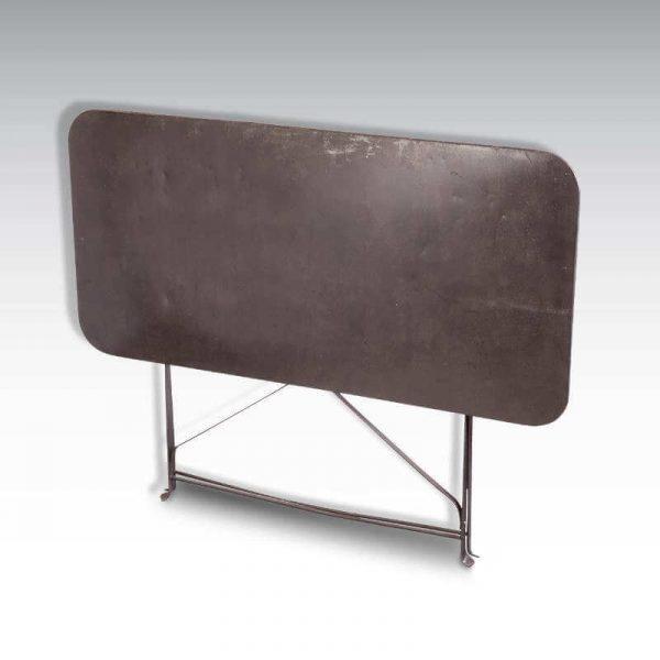 Table pliante - vue pliée