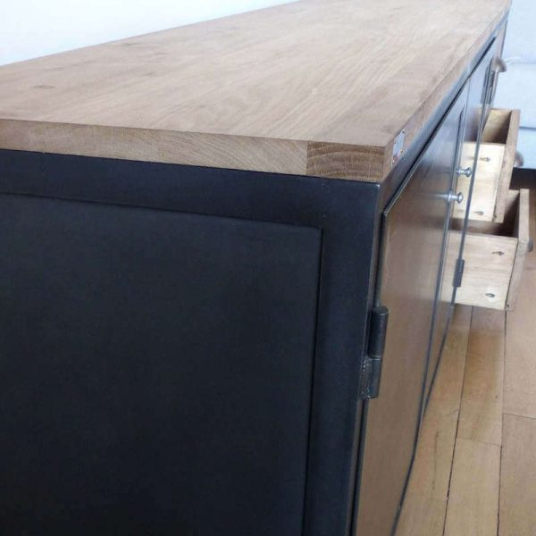 Meuble style industriel à tiroirs
