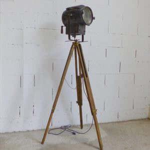 ancien projecteur de cinéma Gruber sur trépied