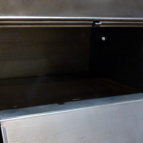 meuble à clapet metallique