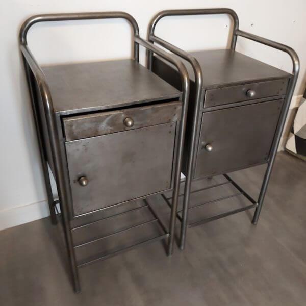 ancienne table de nuit en métal brossé 1 tiroir et 1 niche rangement bout de canapé