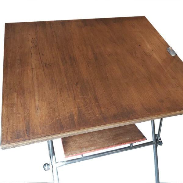 Table à dessin architecte plateau bois bon état pied metal