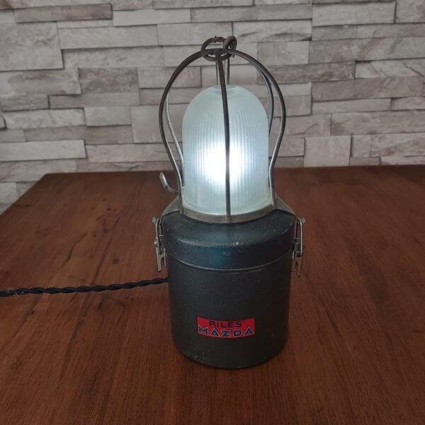 lampe baladeuse mazda verte