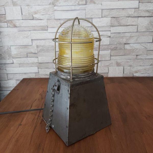 lampe de chantier métal vintage