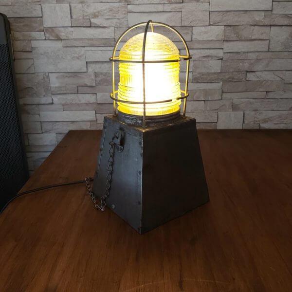 lampe de chantier métal