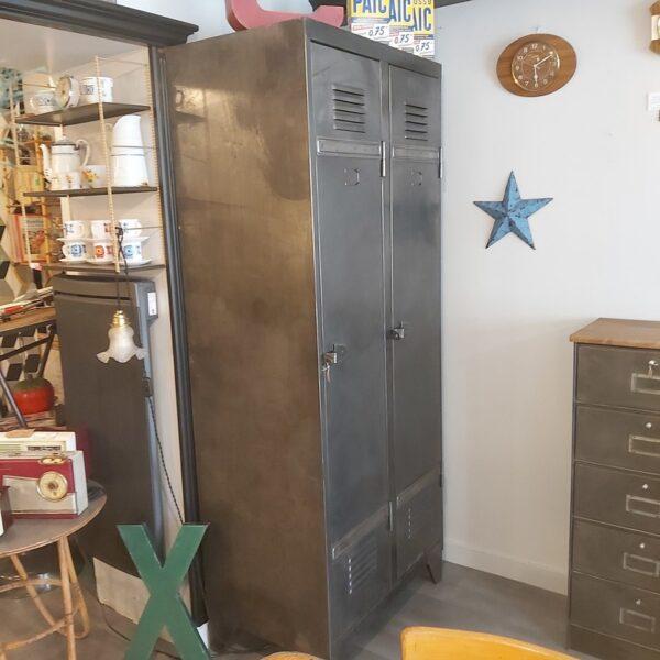 armoire vestiaire d atelier penderie en acier meuble de métier strafor