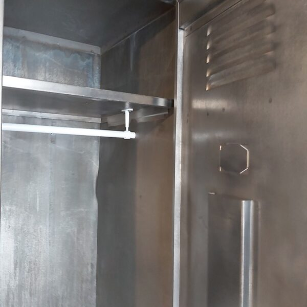 armoire vestiaire d atelier penderie en acier meuble de métier