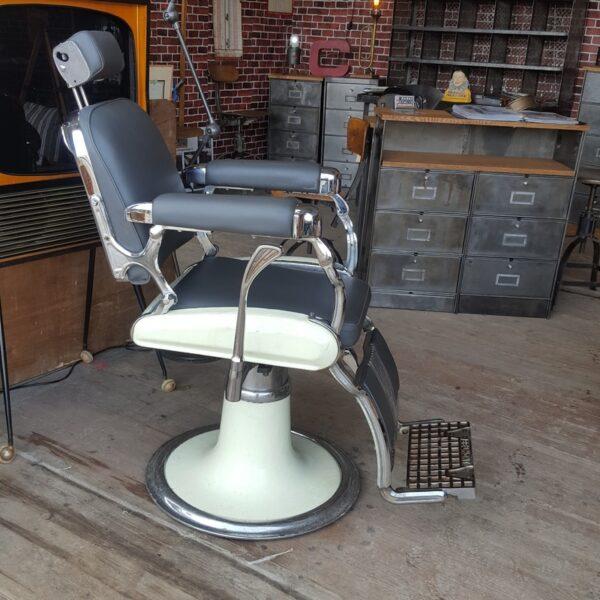 ancien fauteuil barbier vintage Belmont