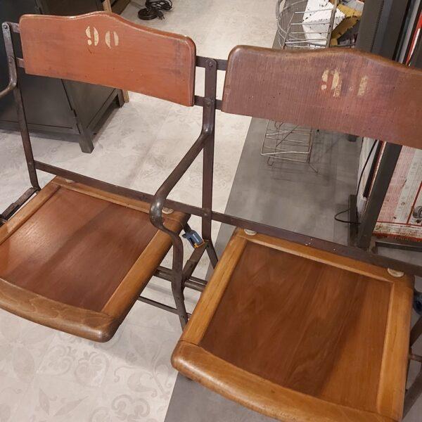 strapontin fauteuil de cinéma fauteuil de théatre début 22ème siècle bois métal siège rabattable
