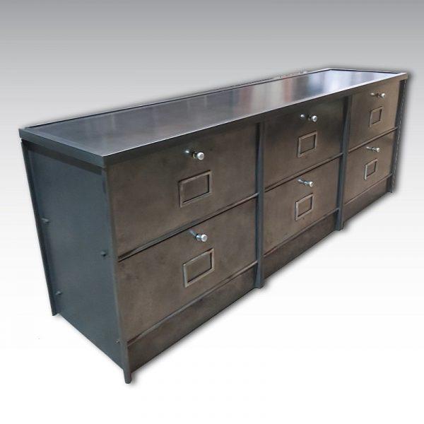 meuble à clapet meuble acier plinthes et plateau en acier